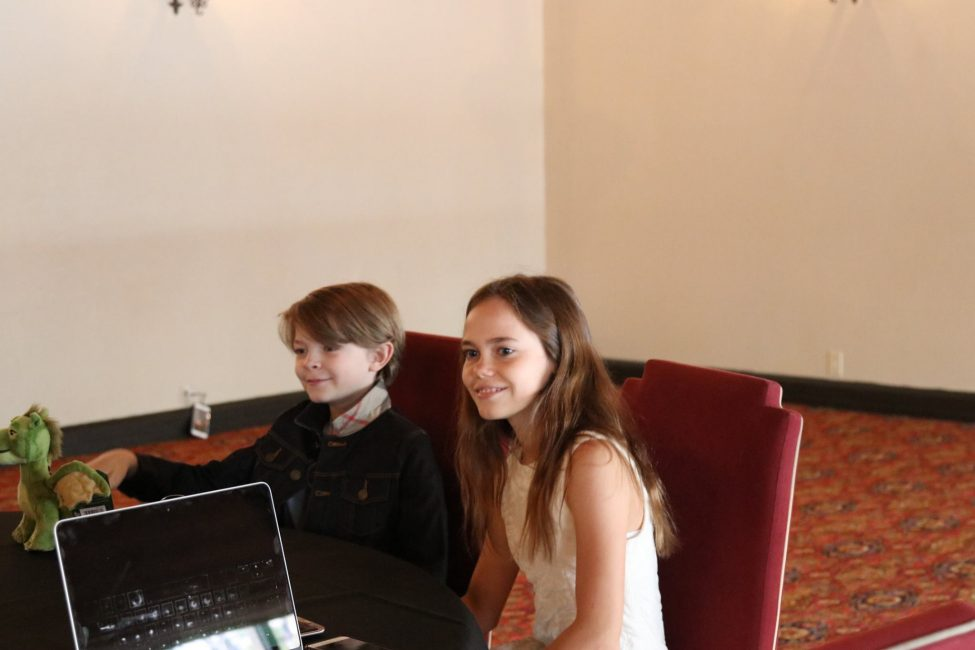 interview pic oakes and oona