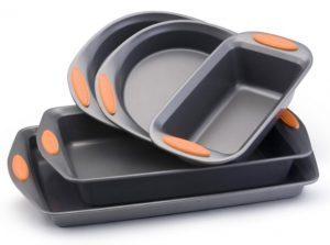 Rachael Ray Oven Lovin' Non-Stick 5-Piece Bakeware Set $24.40